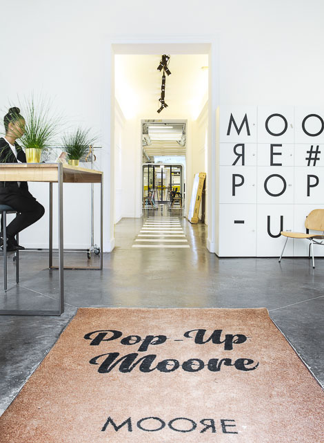 Pop up Moore