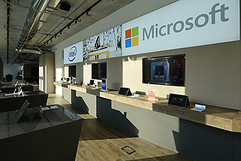 showroom Microsoft Milan